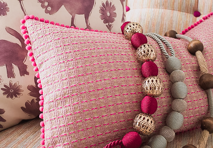pink texture cushion - Gallery