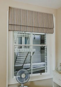 striped roman blind 209x300 - Gallery